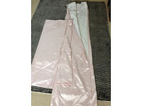 PALE PINK CURTAINS - Can Post