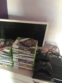 Xbox 360 excellent condition comes with 2 controllers and games