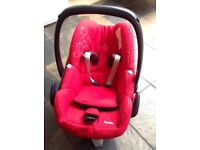 Red Pebble Maxi Cosy car seat