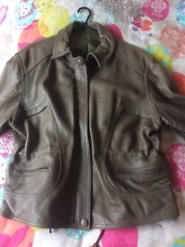 DANIEL CUIRS LADIES SOFT LEATHER JACKET - NEVER BEEN WORN