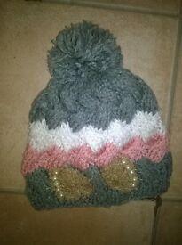 ugg ladies hat/scarf set