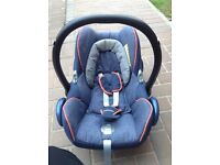 Maxi cosi cabrio fix baby seat and ISOFIX base