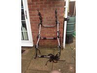 Halfords rear mounted, 3 bike rack