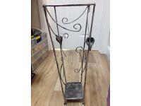 Arty metal scroll umbrella/stick stand