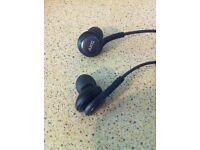 AKG Tuned S8 earphones
