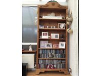 Shelving/display unit