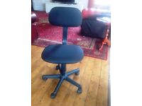 Gas Lift Height Adjustable Office Chair - Free