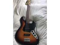 Fender Squier Silver Series Jazz Bass, made in Japan 1993/1994, great condition.