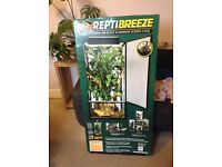X large zoomed reptibreeze