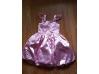 Pink dress (4-5 years) in excellent condition for sale
