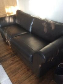 ***SOLD WITH THANKS*** settee brown leather. Excellent condition