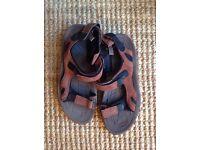 Men's Sandals Size 11