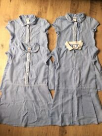 Girl school summer dress age 8-9 year old in blue culler x4 items ( excellent condition)