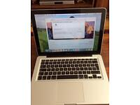 Apple MacBook Pro LED Backlit Widescreen Notebook (13 inch, Mid 2009)