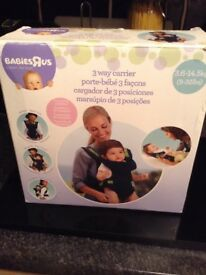 Babys R Us baby carrier