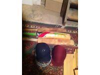 3 cricket bats 2 cricket helemts