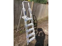 ABRU 4 treads step ladder with rails