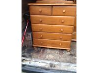 Loverly 6 drawer solid pine cupboard great condition look