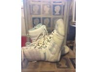 Lonsdale ladies boxing boots