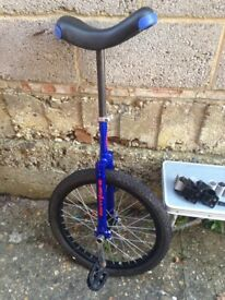 Unicycle in great condition. Comfy saddle, good cond tyres
