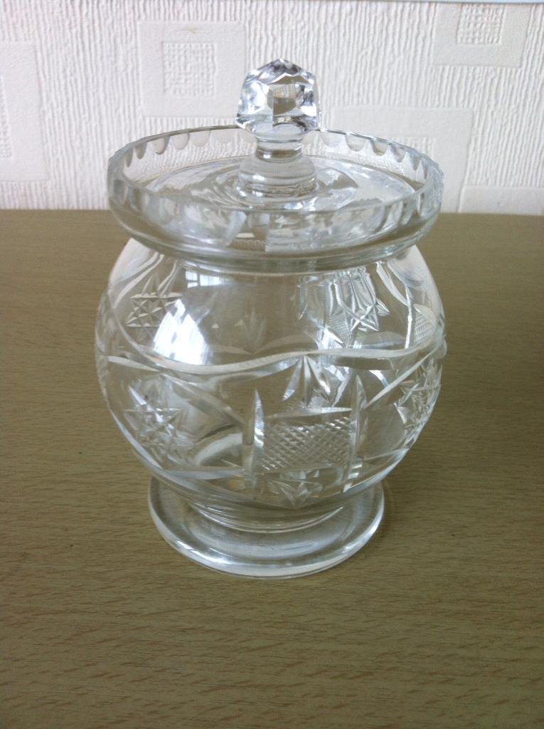 Crystal glass jam pot and small display bowl