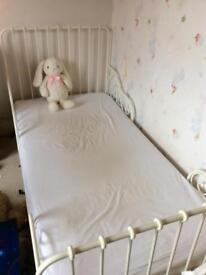 single bed extendable