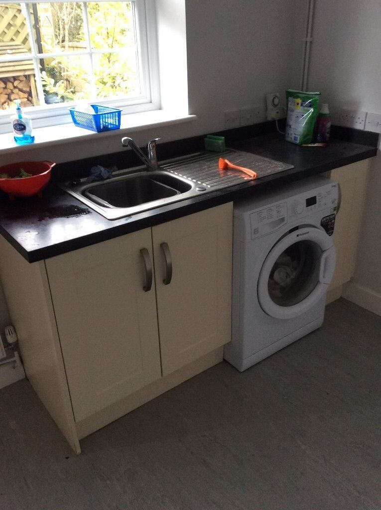 Kitchen units and sink / tap