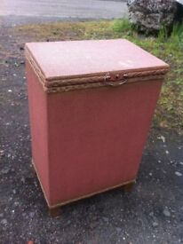 Vintage loom linen basket/storage box