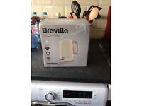 Breville cream kettle new in box