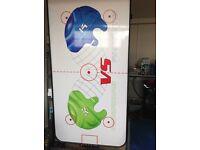 Air hockey table electric