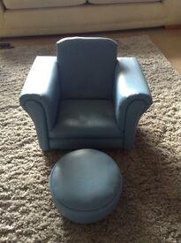 Children's chair/footstool
