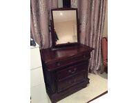 Gorgeous mahogany chest and drove with mirrors Burgin