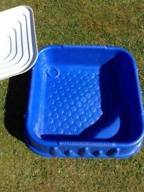 Sandbox / water tray