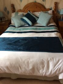 "4 ' 6 "". Double divan bed. Does not include headboard"