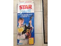 STARSOUNDS Electronic Amplified Guitar with Singalong Head Microphone and Speaker Box. For age 6 +