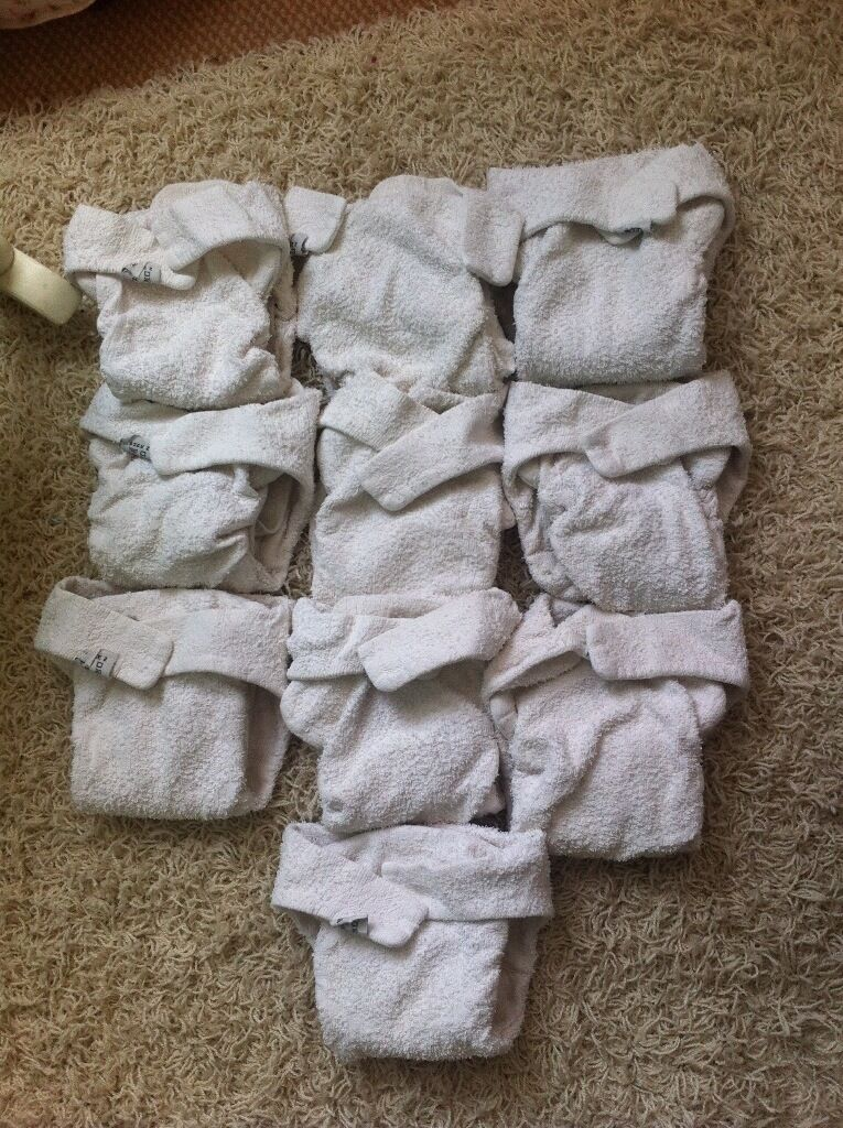 Little lamb reusable nappies size 2 x 10 with nappy clipsin Hove, East SussexGumtree - Little lamb size 2 nappies x 10 with 3 nappy clips Good used condition no stains! Collection only xx