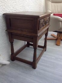 Old Charm Side Table / cupboard