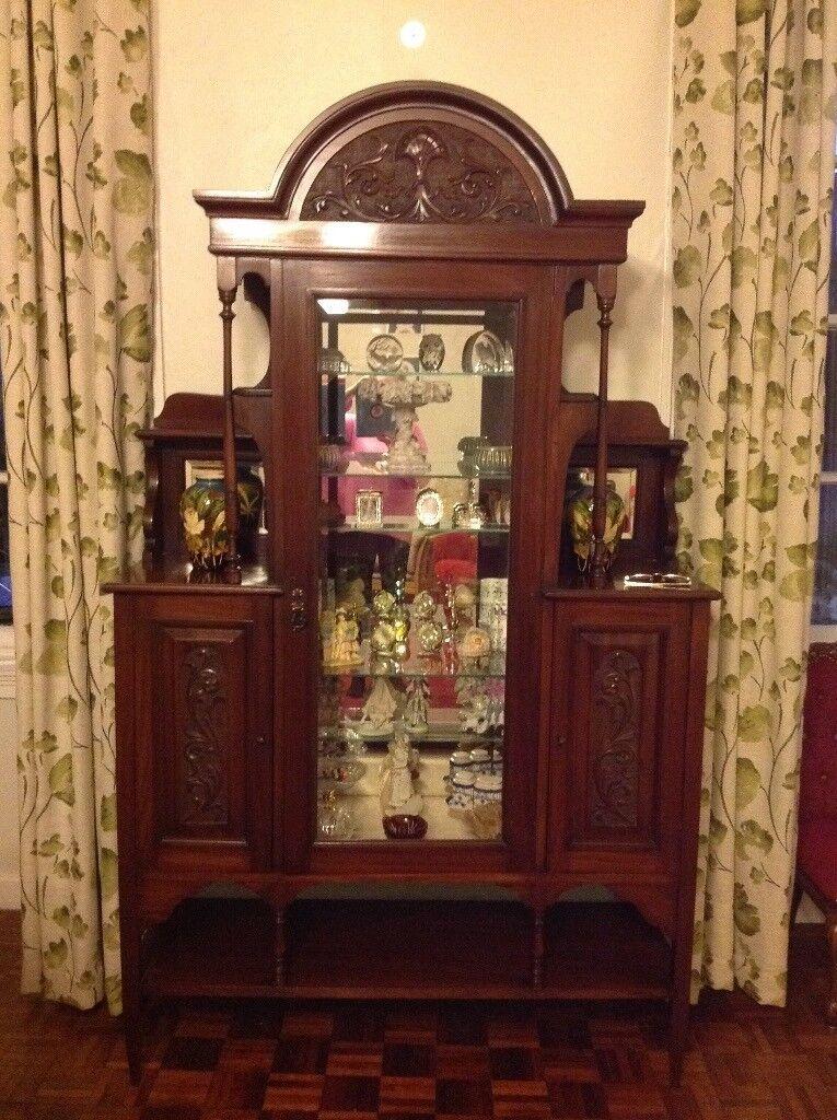 Victorian display cabinet dark wood. Excellent condition