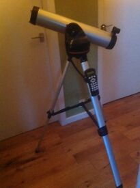 Celestron 76LCM Telecsope with computerised tripod