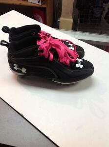 Under Amour Baseball Cleats (sku: KXQN4T)