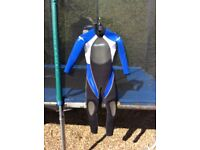 Alder child's wetsuit, hardly used, suit approx aged 7-10 year old