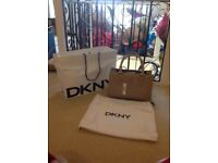 DKNY HANDBAG NEW WITH TAGS BEIGE