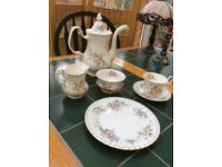 "21-Piece Royal Albert ""Constance"" bone china tea-set"