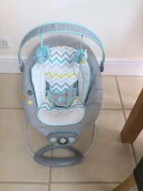 Bouncer chair. Excellent Condition
