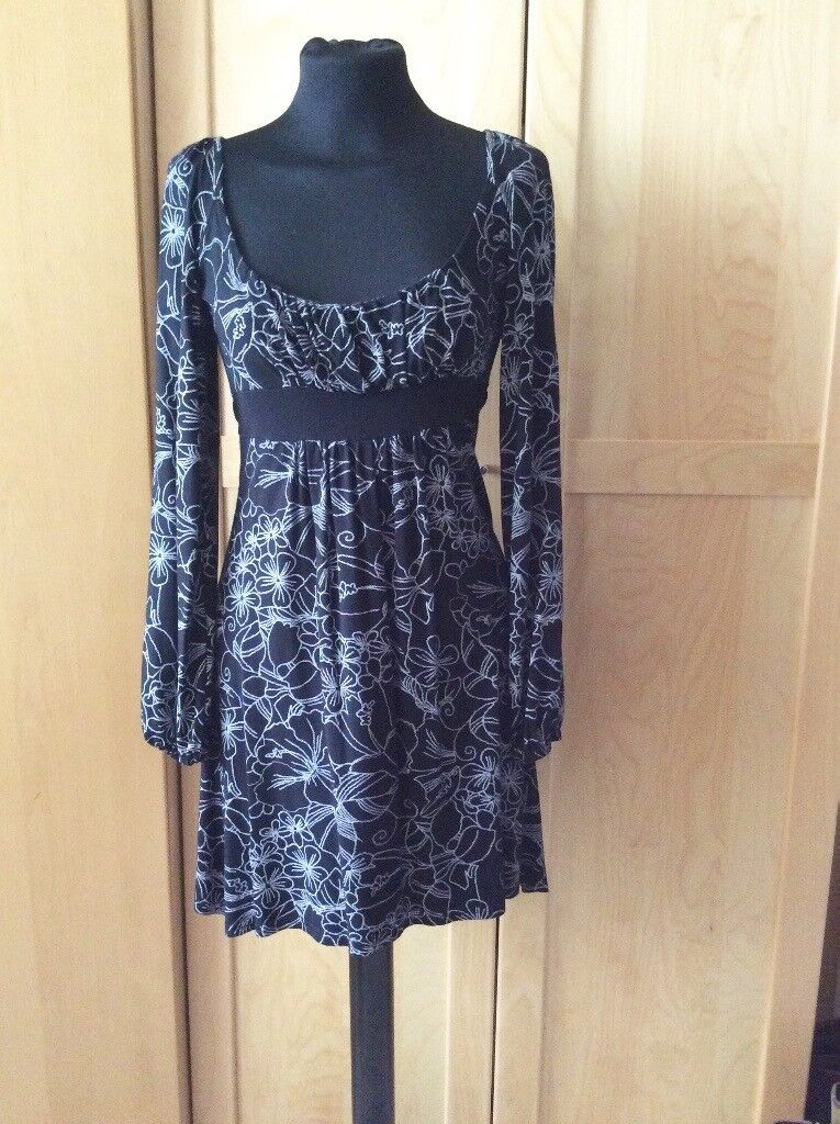 Ladies Black & White Tunic Dress from Jane Norman - Size 12