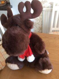 "Large BHS moose 19"" sitting"