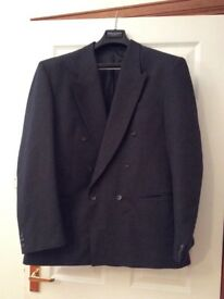 Grey men's suit double breasted jacket size Uk 44 and trousers uk 36 regular