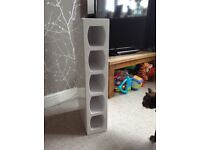White high gloss Wine Rack for 5 bottles £15 wall mount or free standing