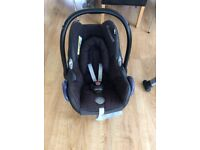 Cabriofix car seat and Isofix base.