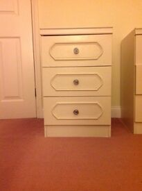 White chest of draws good condition